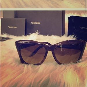 Authentic like New brown Tom Ford Sunglasses